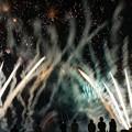 写真: それぞれの花火