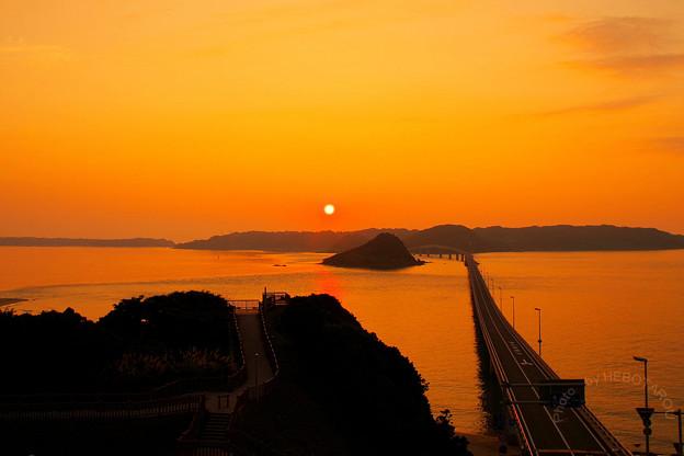 写真: 角島大橋の夕日_2