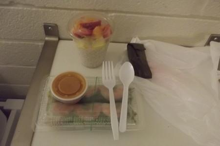 ファーマーズマーケットの夕食0625