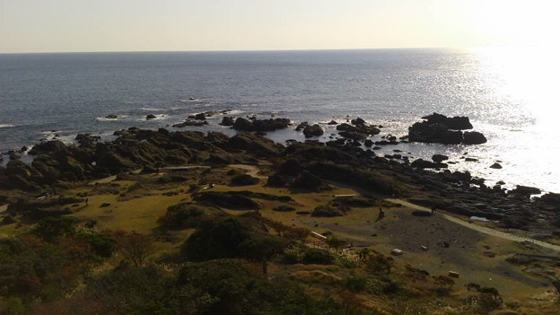 野島埼灯台から野島崎と太平洋